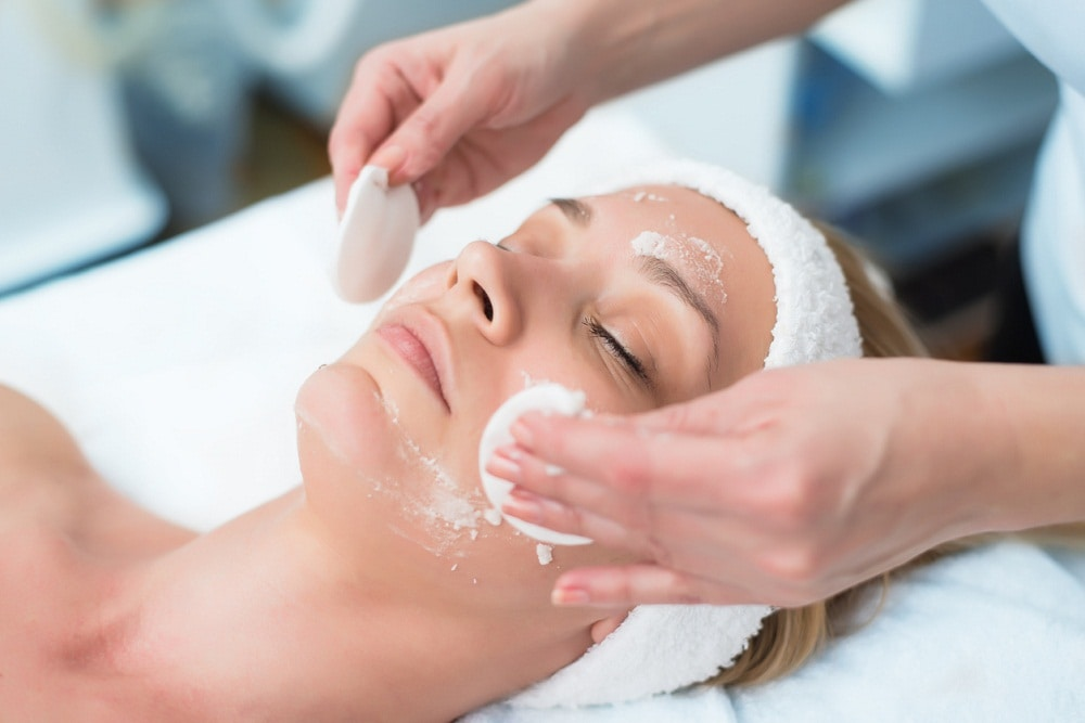 Picture of a person receiving facial exfoliation