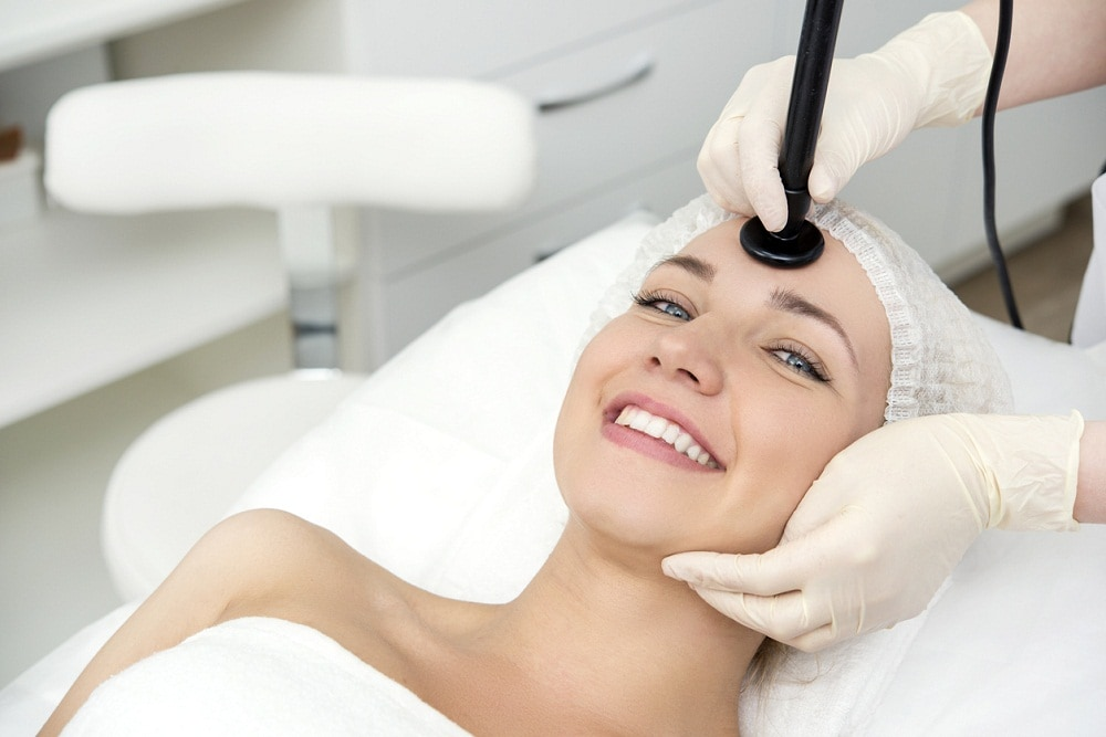 Facial skincare procedure